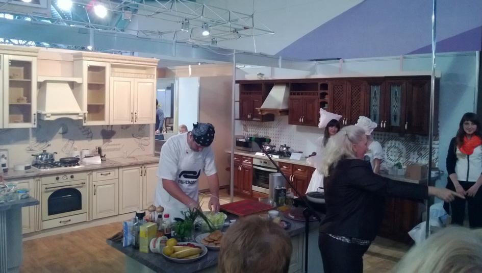 МЕБЕЛЬ 2015 - выставка Пинскдрев- кухни