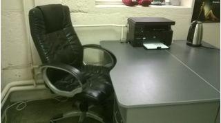 Продается комплект офисной мебели БУ в Минске