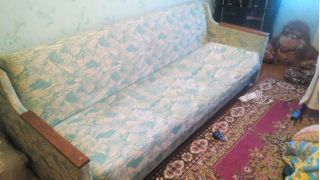 Продам диван-книгу БУ срочно в Минске
