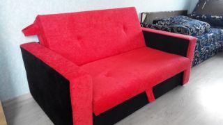 Продам красный диван БУ в Минске