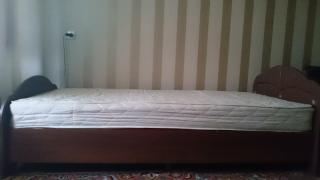 Продам кровать БУ с матрасом Барро в Минске!