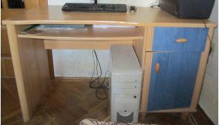 Продам БУ стол компьютерный в Минске