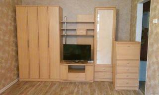 Продаю польскую мебель БУ - секцию-горку - в Минске