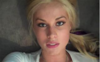 Блондинка сломала диван чтобы разыграть своего парня