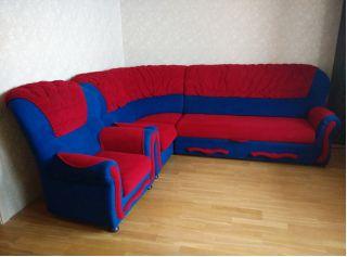 Продам сине-красный угловой диван и кресло БУ в Минске
