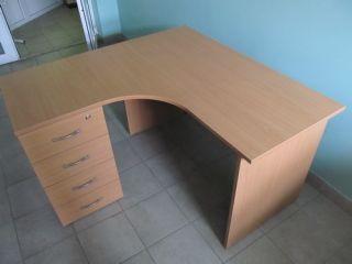 Продам комплект офисной мебели бу