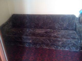 Отдам в дар диваны и шкаф БУ в Минске самовывоз