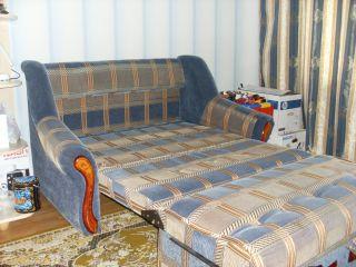 Продаю двухместный диван-кровать БУ в Минске
