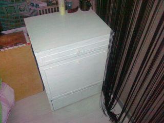 Мебель белую БУ продам в Минске