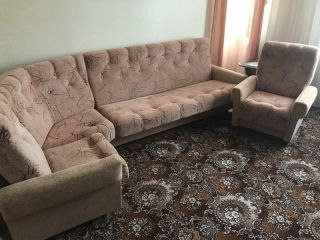 Продам БУ угловой диван с креслом в Барановичах