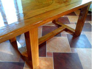 Продам стол из массива в Минске