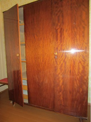Продаю платяной шкаф в Минске БУ