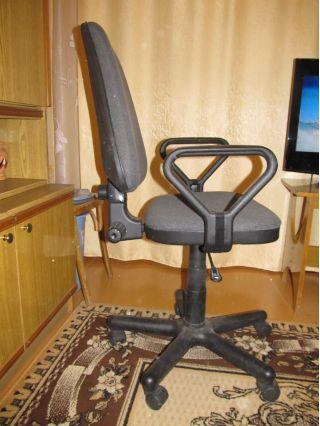 Продам бу офисные стулья в Минске