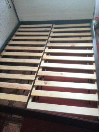 Продам кровать двухспальную с матрасом БУ в Минске