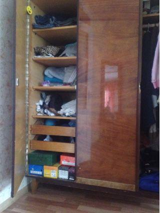 Продам шкаф трехстворчатый бу в Минске