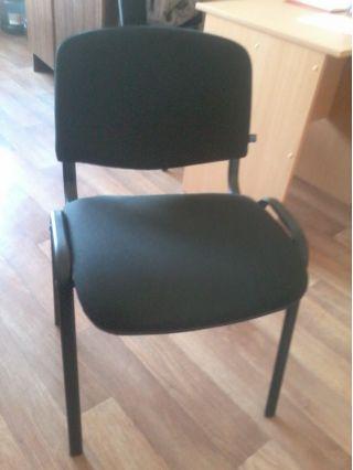 Продам офисные стулья ISO БУ в Сморгони