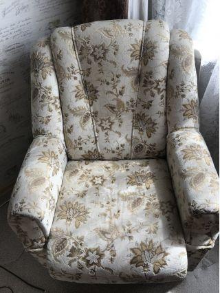 Продам два мягких кресла в Минске БУ