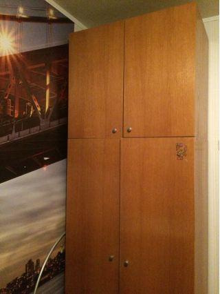 Продам двухстворчатый шкаф БУ в Минске