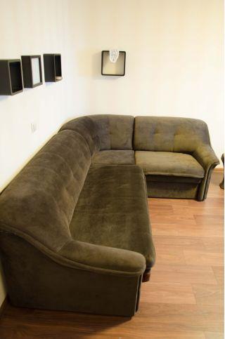 Продаю большой угловой диван БУ