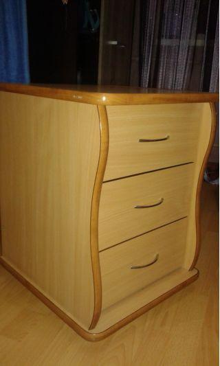 Продаю угловой компьютерный стол БУ в Минске