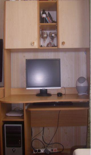 Продам шкафы, стол и комод БУ в Минске