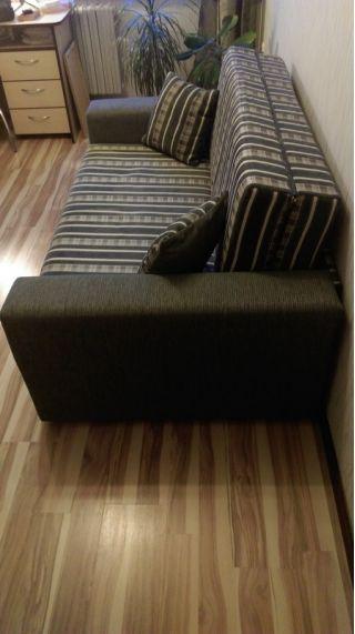 Продам двуспальный диван с нишей БУ в Минске